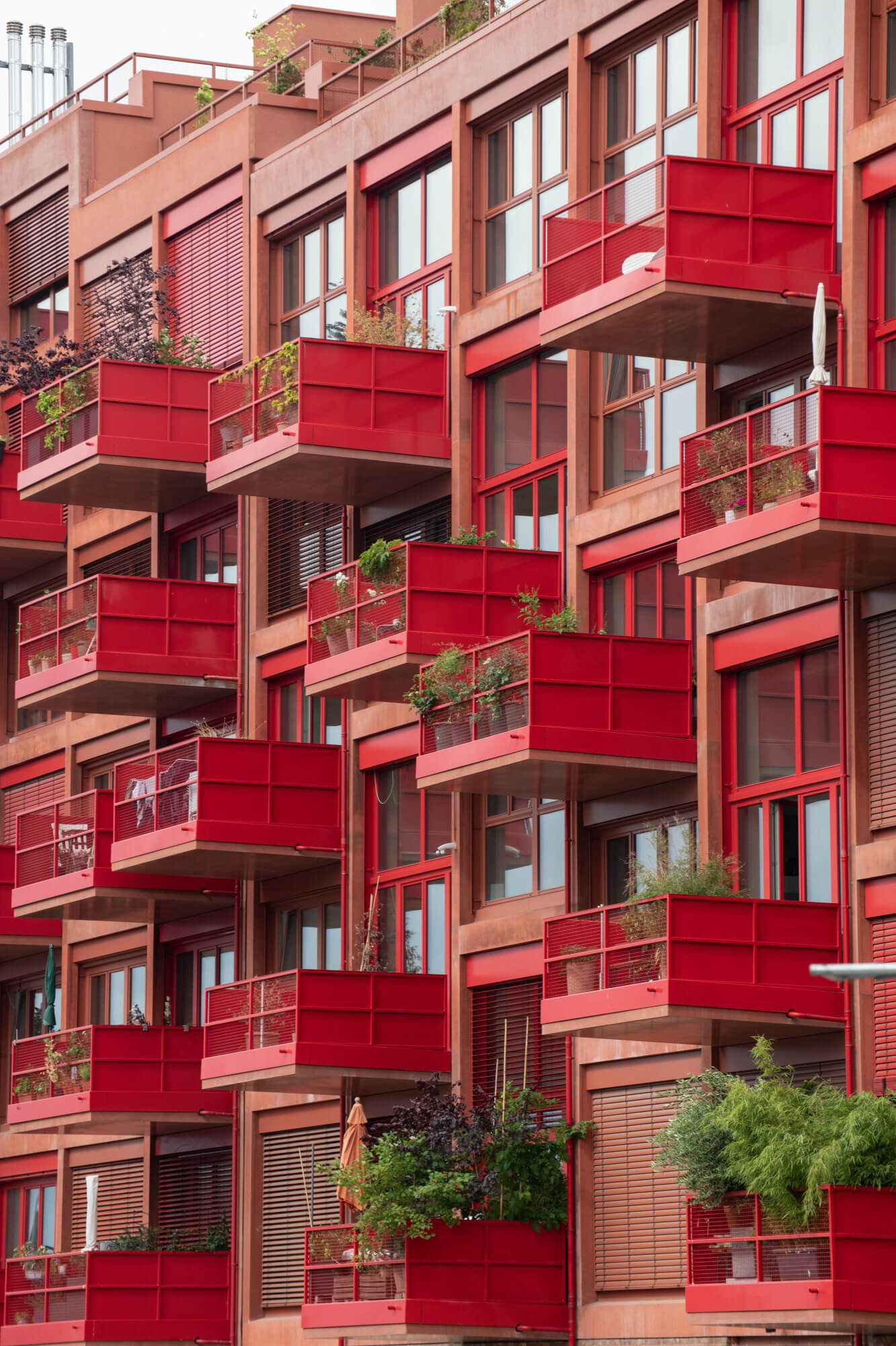 Red balconies, red architecture, Am Lokdepot