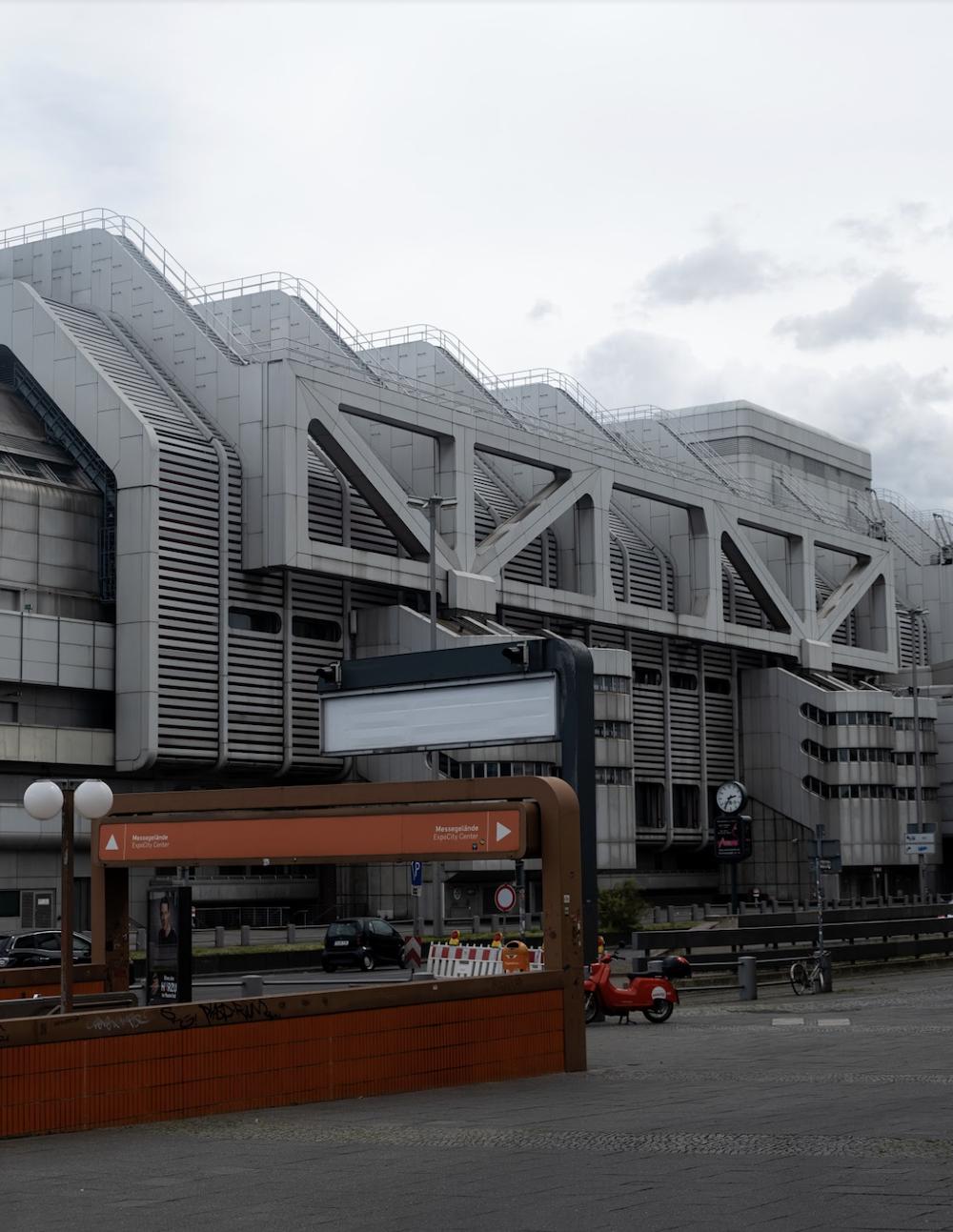 ICC best place to take photos in Berlin shot by Elvira Nisman