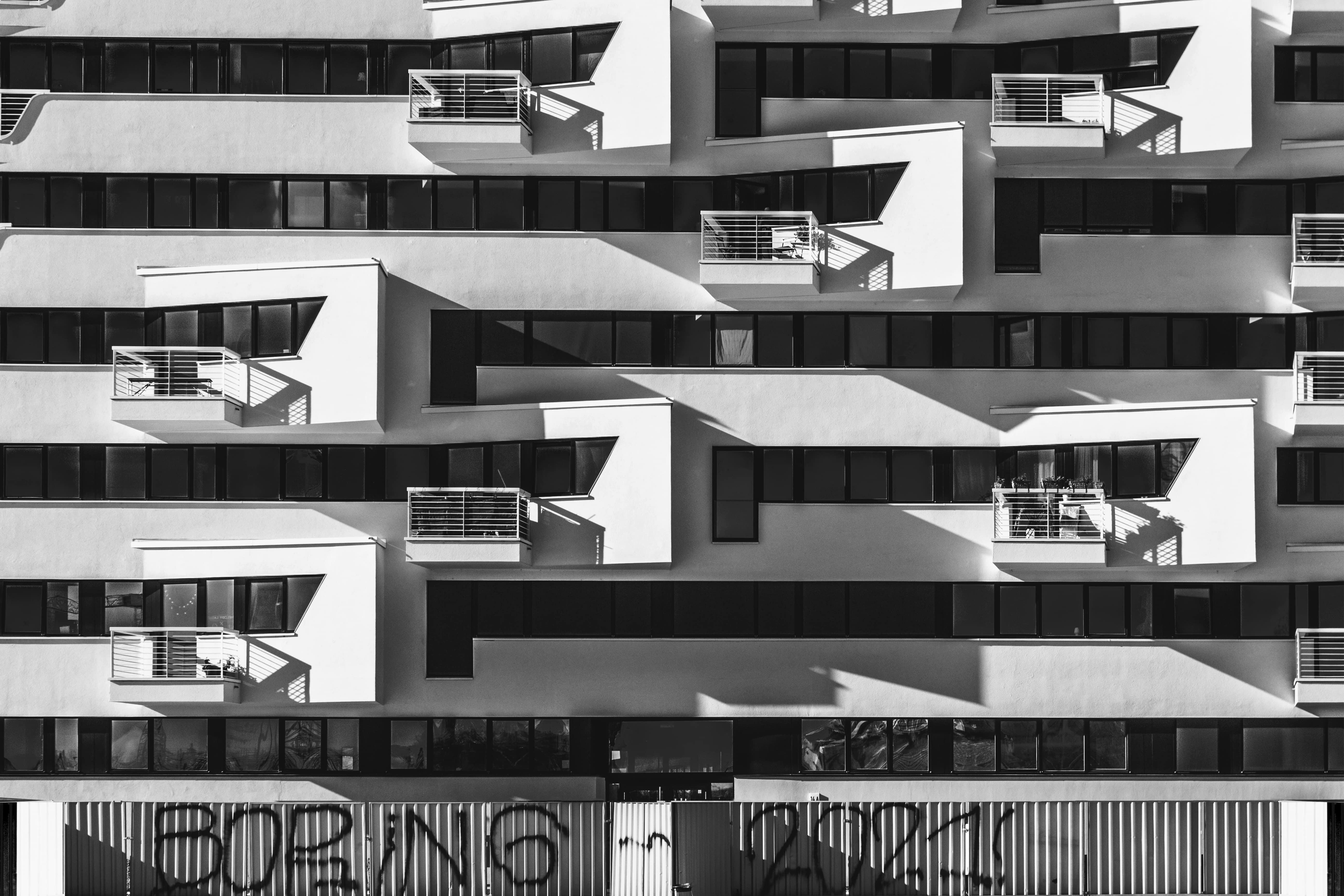 Arquitecture picture, black and white. Winning photo of the Beazy February Contest.
