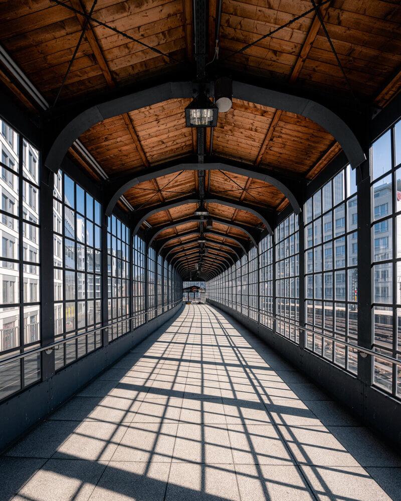 Friedrichstraße Ubahn Station, interior architecture, subway architecture, glass walls