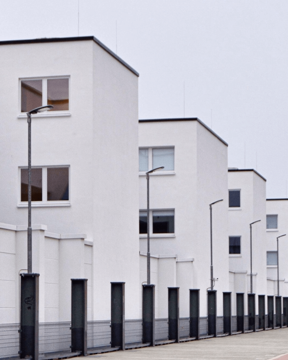 White apartments, symmetry