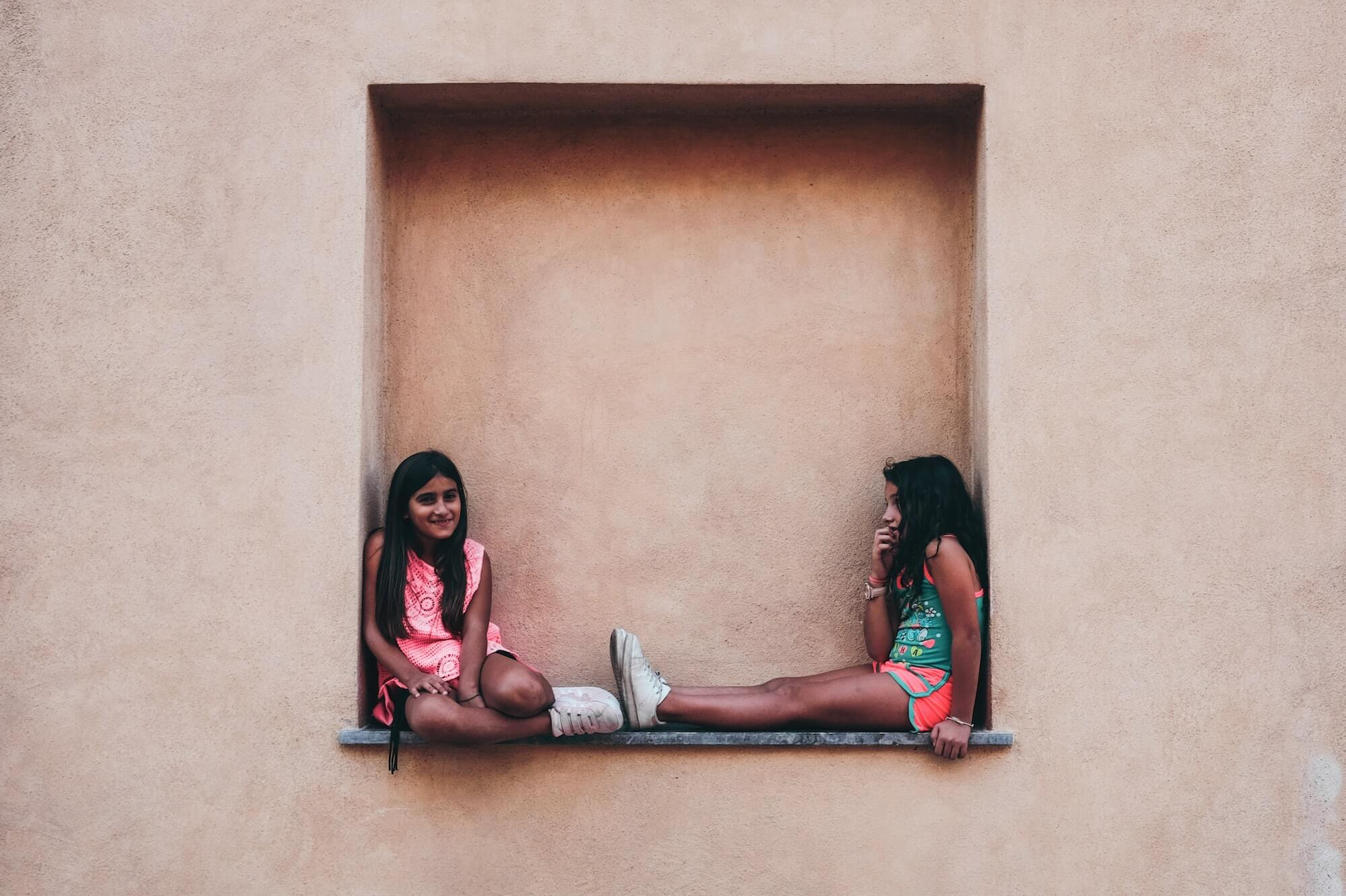 Scenery photograph, people photography, kids playing photo