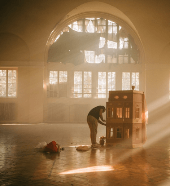 Beautiful ethereal set design for a film production by Ridvan Cavus, set designer on Beazy