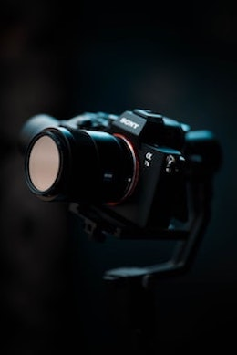 Rent the Sony A7III camera on Beazy, the rental platform for photographers and filmmakers