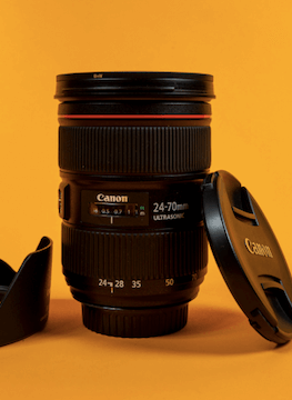 Rent the canon 24-70 mm f/2.8 II USM lens on Beazy, the rental platform for photographers and filmmakers