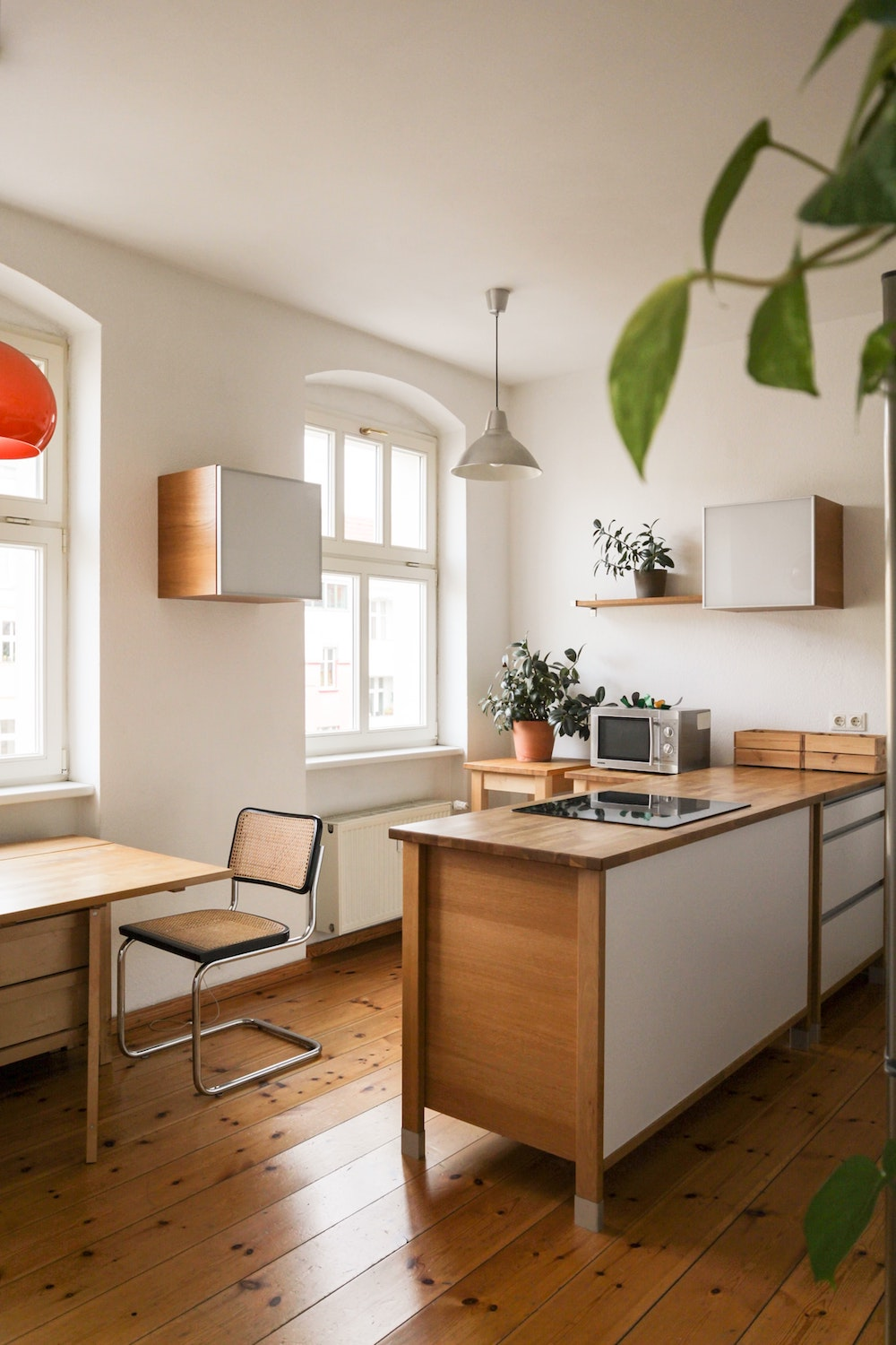 Rent bright altbau kitchen as a movie and photoshoot  location