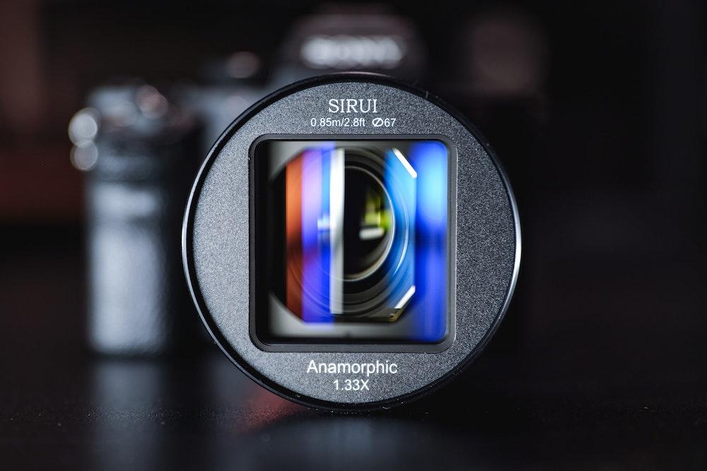 Der Beazy Plattform ermöglicht es Fotografen und Filmemachern all die Ausrüstung, die sie benötigen, von lokalen Kreativen zu mieten.