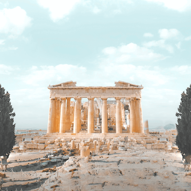 Photo of Athens ruins. Beazy offers photos and video services all over Europe.