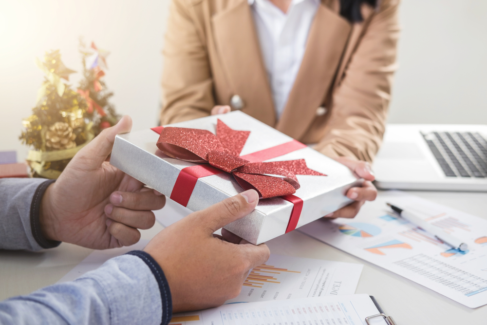 The Tremendous guide to client gifts
