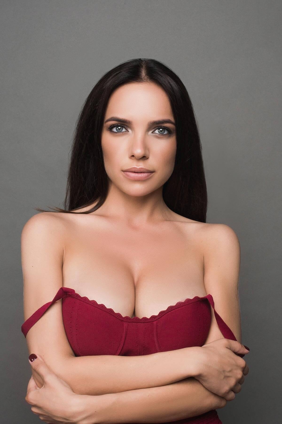 Breast Reduction Mississauga & Oakville
