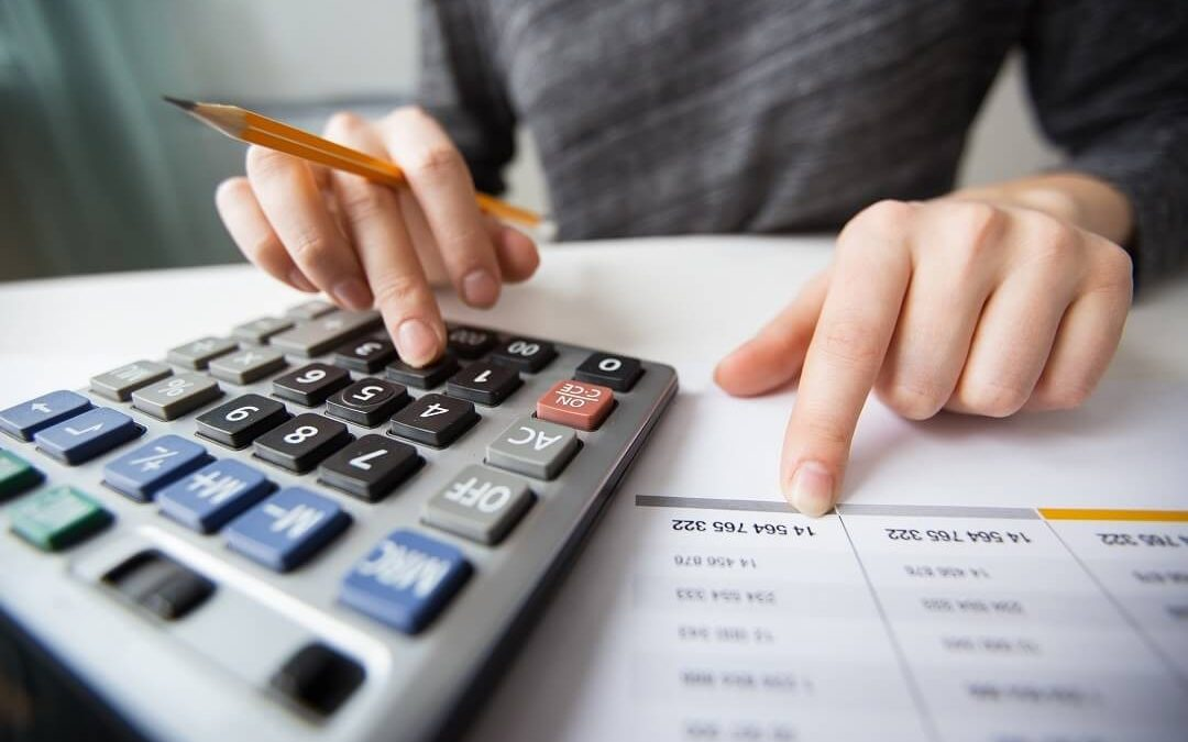 Aprenda como o serviço de TI influencia na redução de custos de uma grande empresa