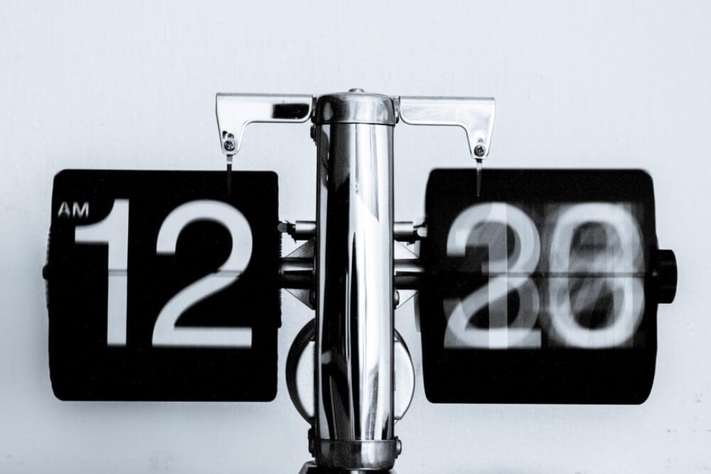 3 maneiras de controlar o horário de um funcionário externo