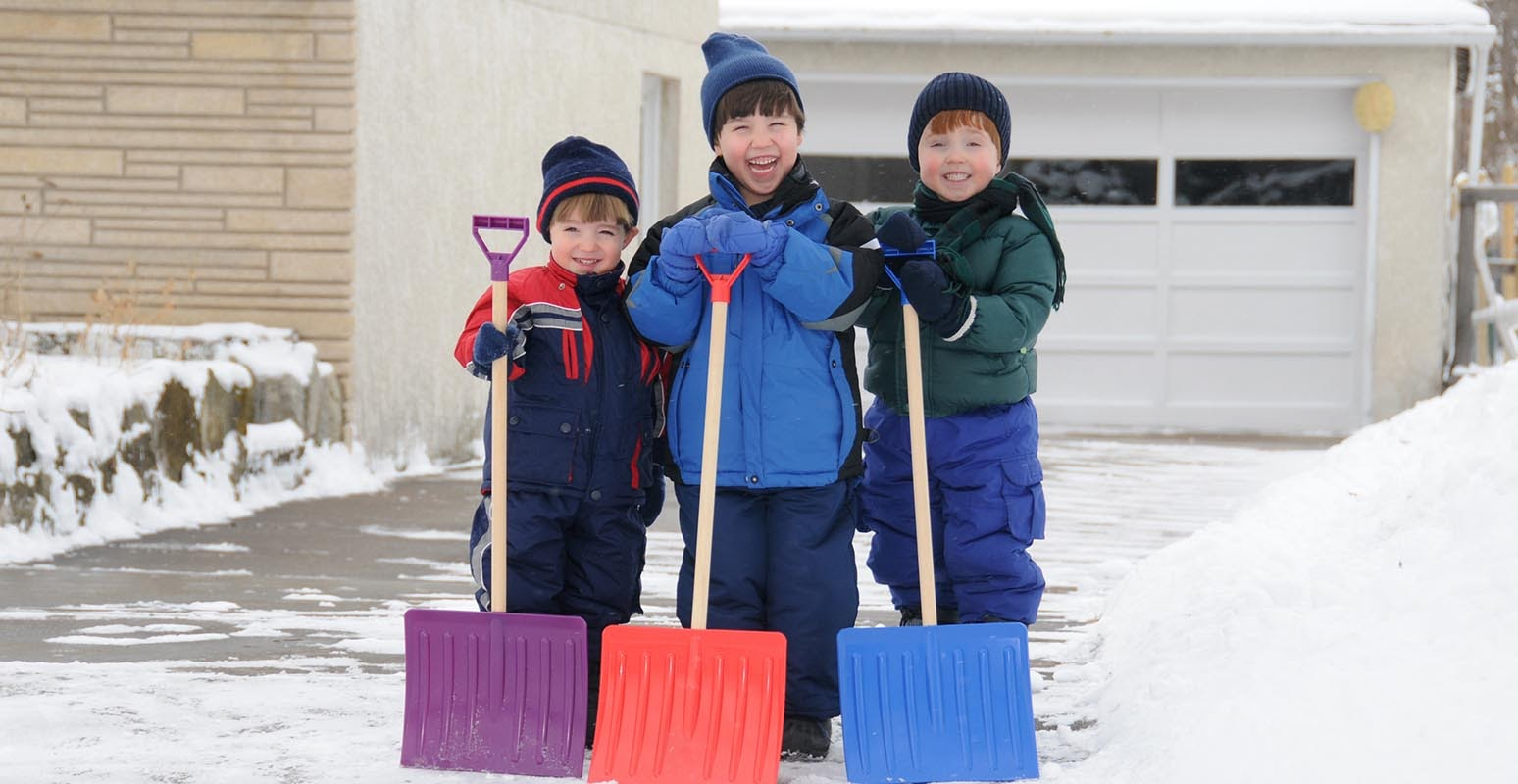 3 Ways Shoveling Snow As A Family Can Make You Happy | LTD Commodities