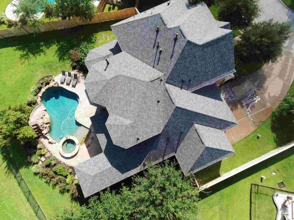 Roof replacement in the woodlands texas