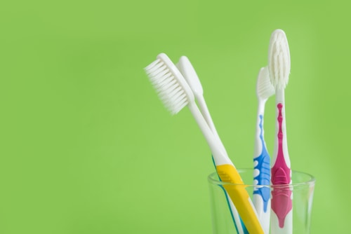 How Long Should You Keep a Toothbrush?