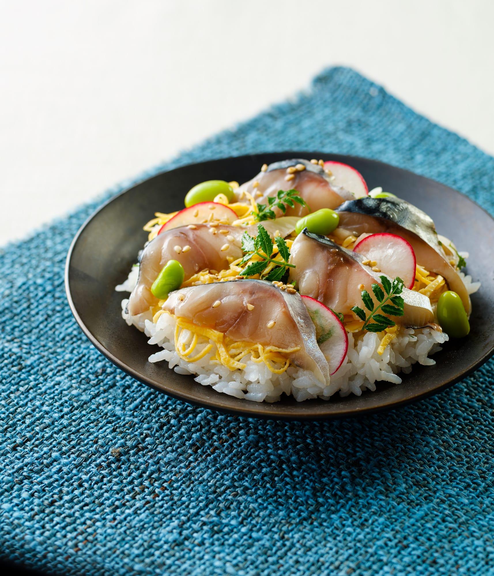 旨とろしめ鯖のしっとりチラシ寿司