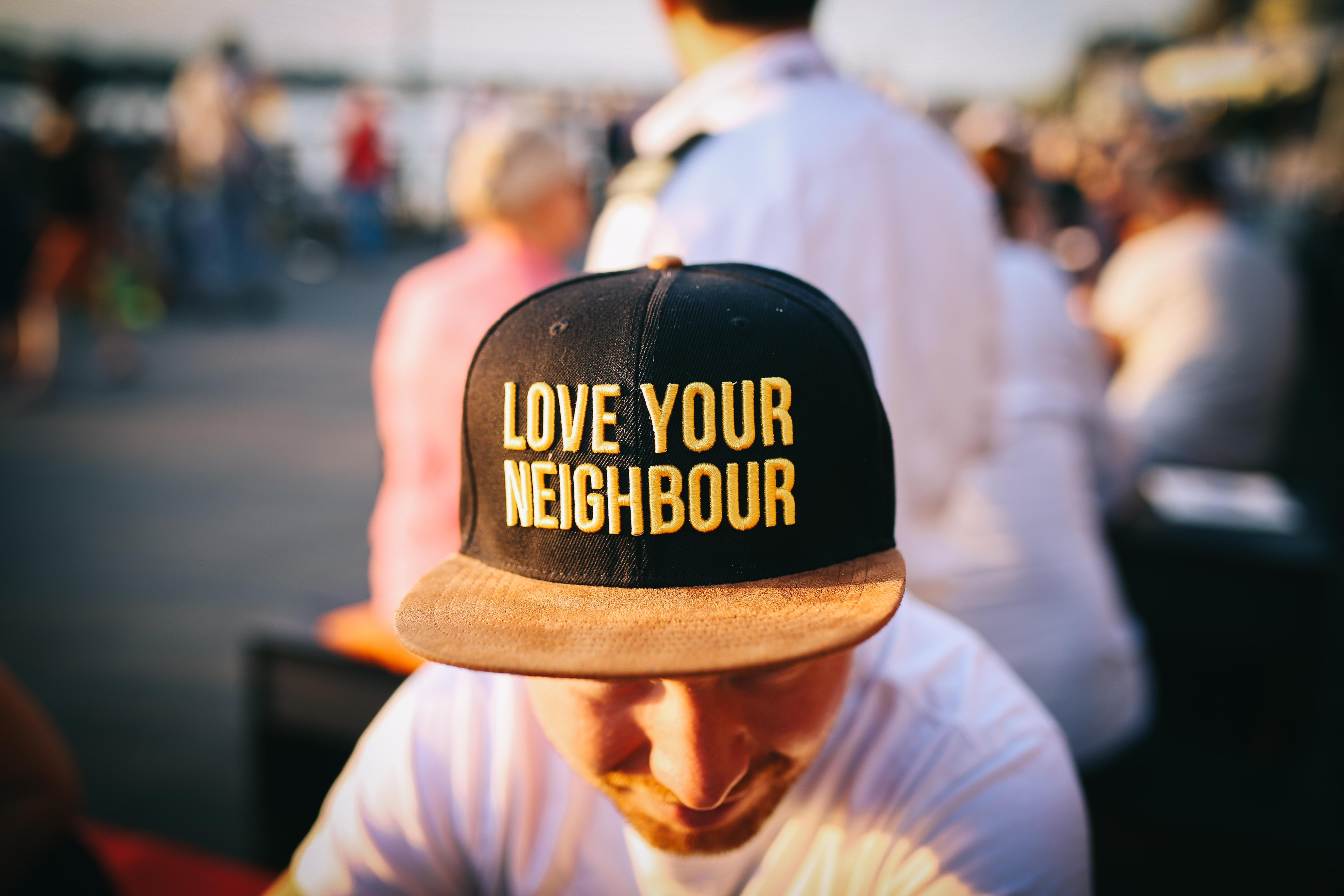 Häiritsevä naapuri – mitä on tehtävissä? Kiinteistölakimies vastaa