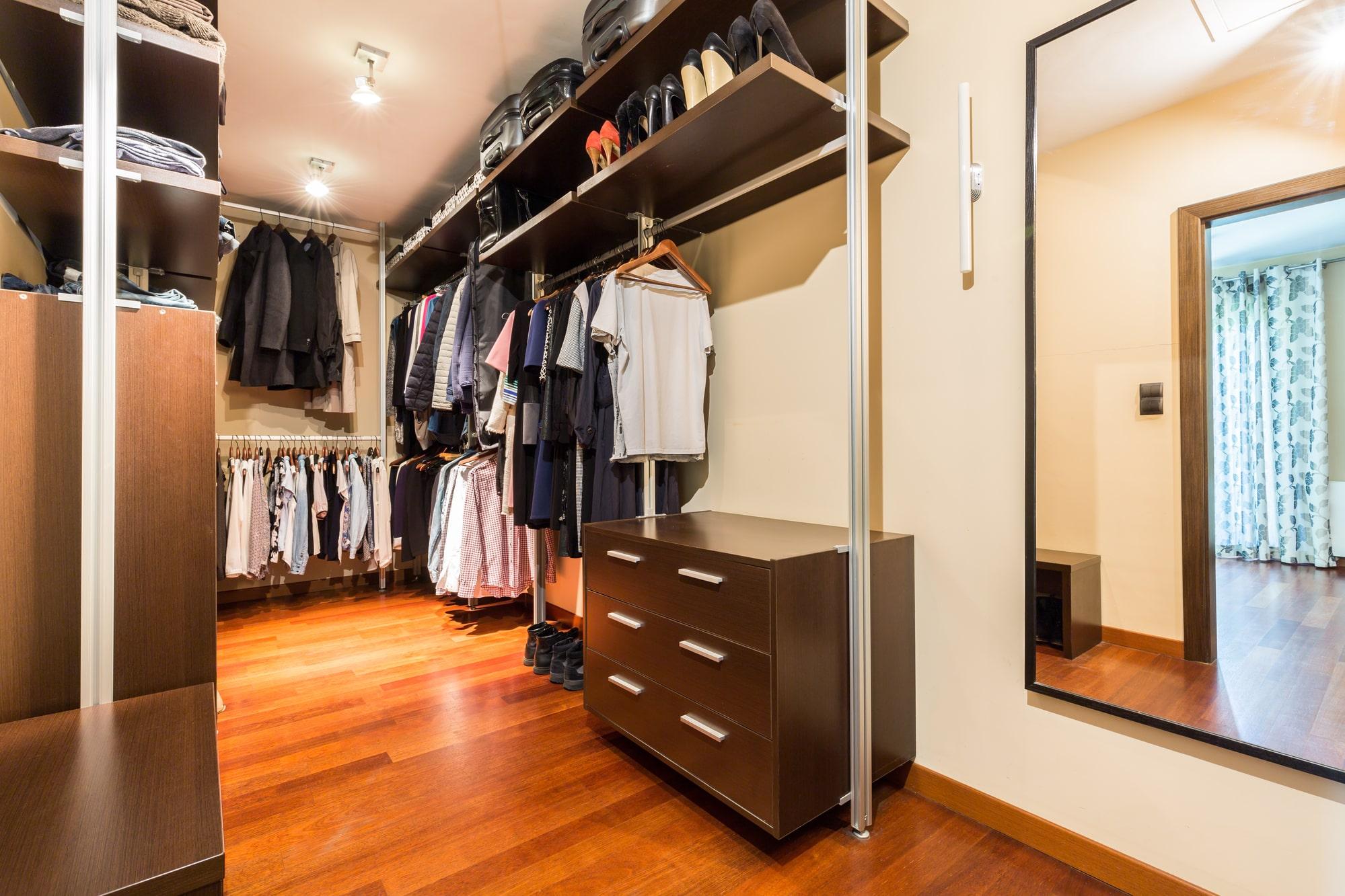 An organized closet by TicToc Concierge, Southlake, TX