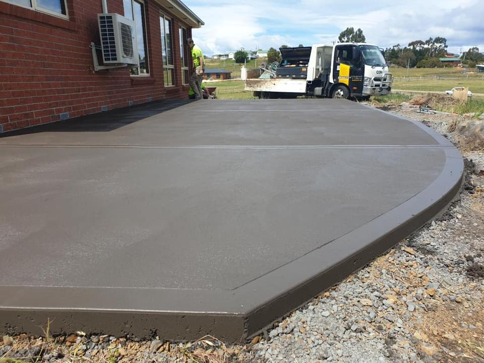 Con-Tek concrete pavement house perimeter