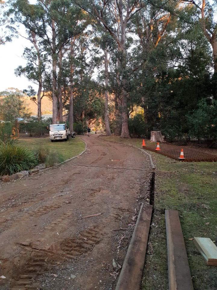 Con-Tek concrete pavement driveway D before