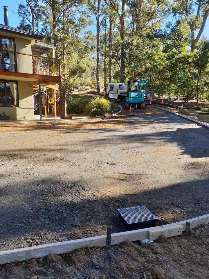 Con-Tek concrete pavement driveway C before