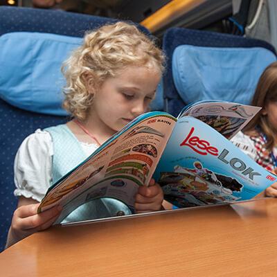 DB Fernverkehr und KB&B machen kleine Fahrgäste mobil