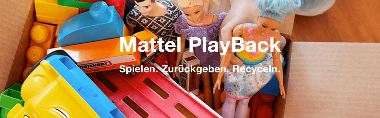 """Mattel hat ein Programm aufgelegt, das es ermöglicht, altes und kaputtes Spielzeug kostenlos an den Spielwarenhersteller zu schicken. Mit dem Material werden dann Spielplätze gebaut, die an gemeinnützige Einrichtungen gespendet werden. Für die Marke Barbie wird außerdem eine Kampagne unter dem Motto """"The Future of Pink is Green"""" lanciert."""