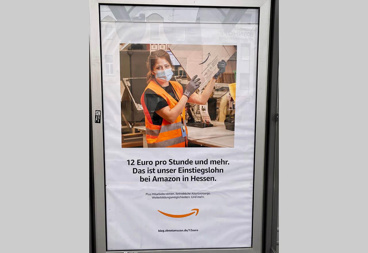Amazon bietet Angestellten in den USA an, die Gebühren für ein College-Studium vollständig und im Voraus zu übernehmen und stellt dafür $1,3 Mrd. bereit.