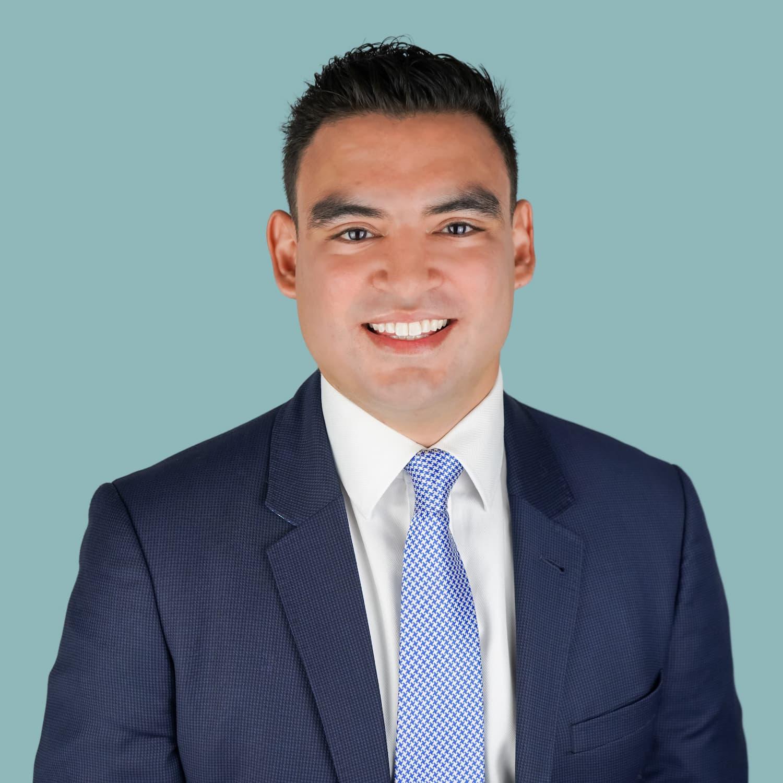 Dr. Bonte smiling in professional suit