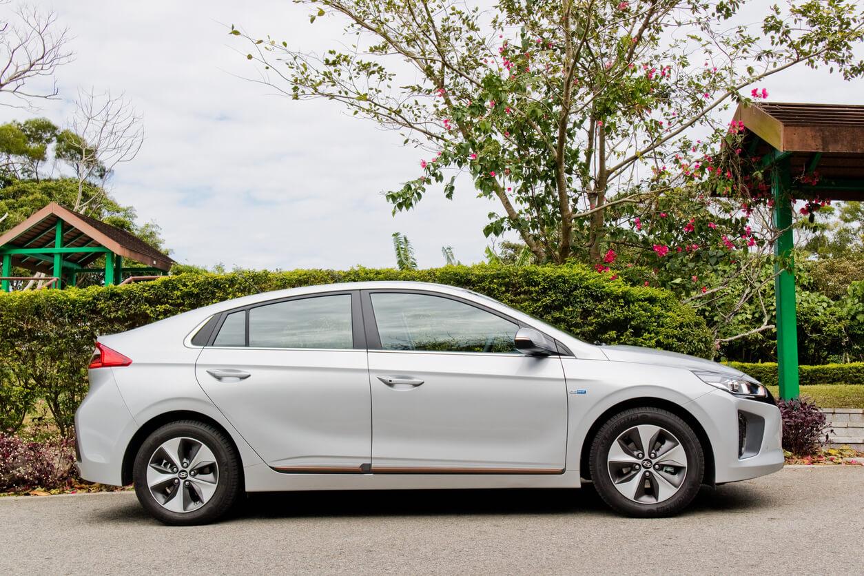 Hyundai Ioniq battery replacement