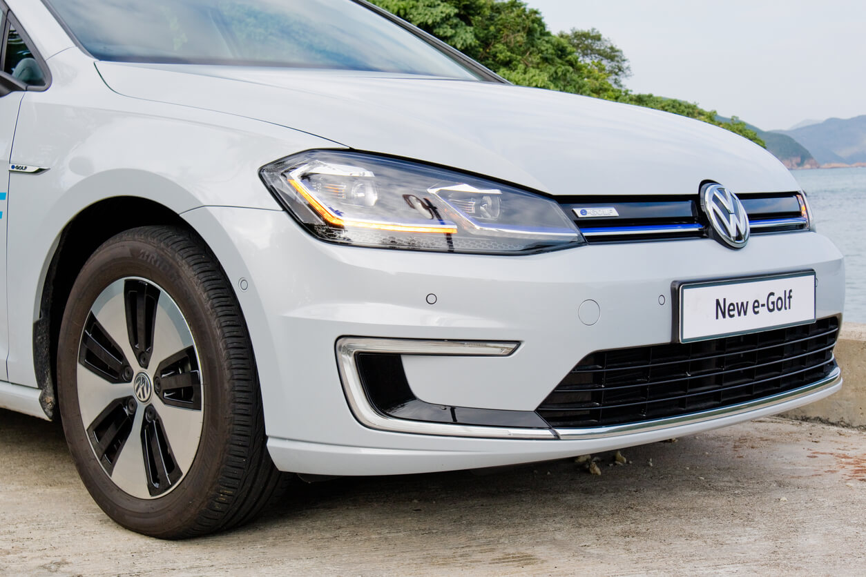VW e-Golf battery replacement