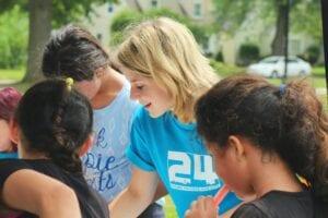 abundance leadership consulting in a group volunteering