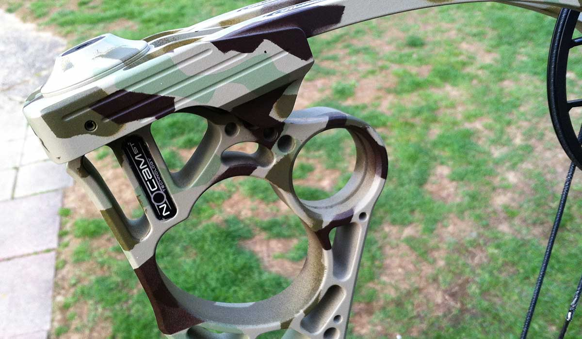 A Step-by-Step Guide to Custom Painting a Mathews NOCAM HTR Bow