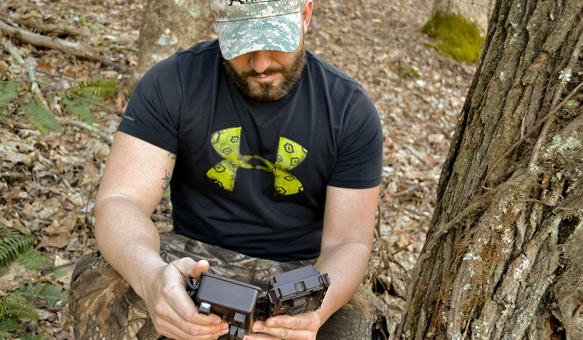 5 Ways To Spook Bucks With Your Trail Cameras