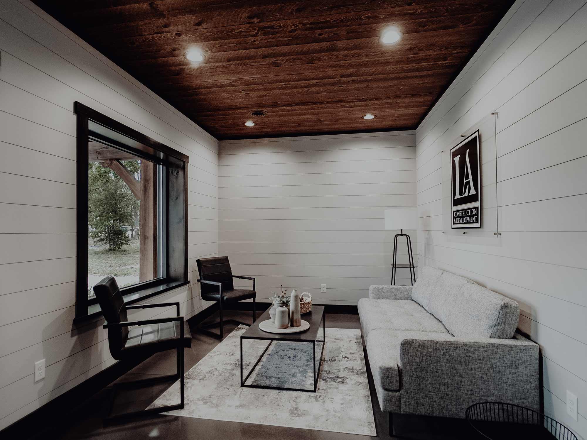 LA Construction office space, an East Tennessee custom home builder serving Cherokee Lake, Dandridge, Jefferson County, Douglas Lake, and Hamblen County.