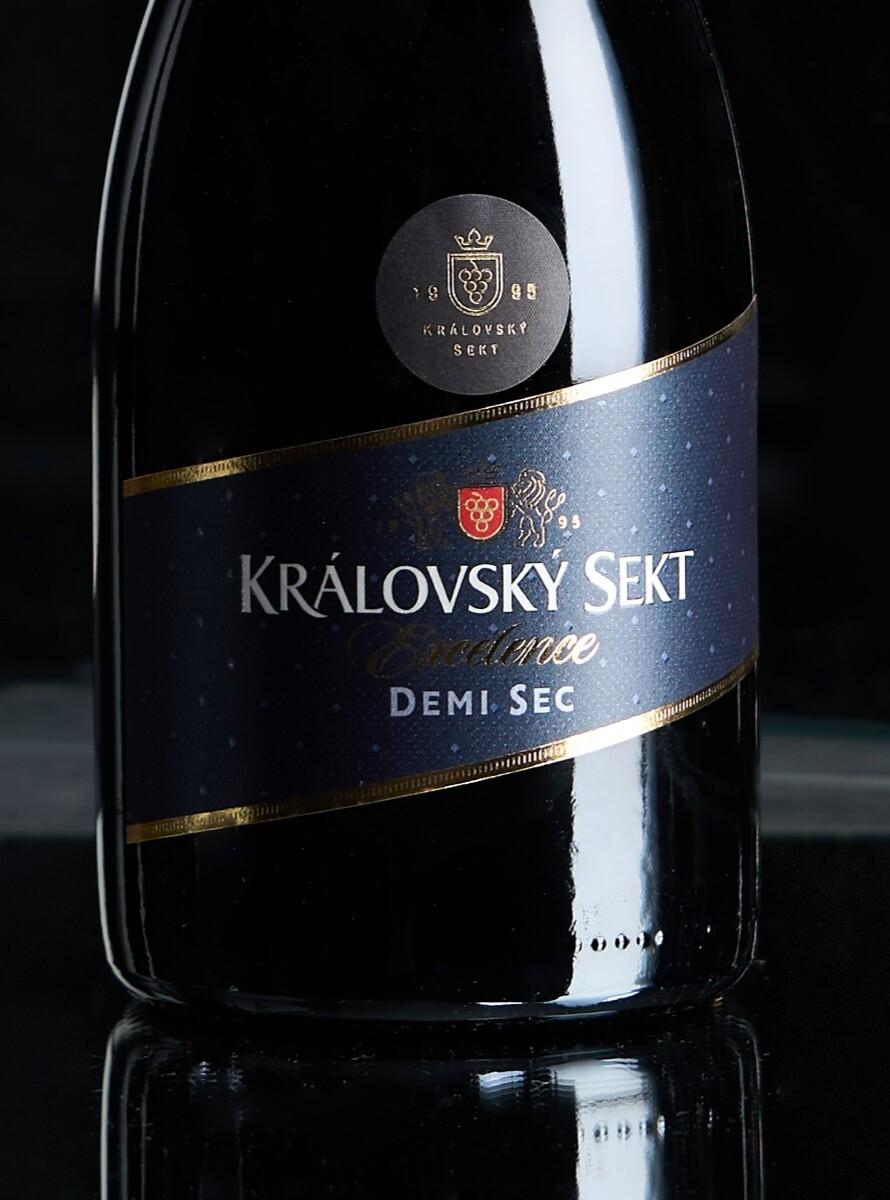 Královský sekt detail láhve