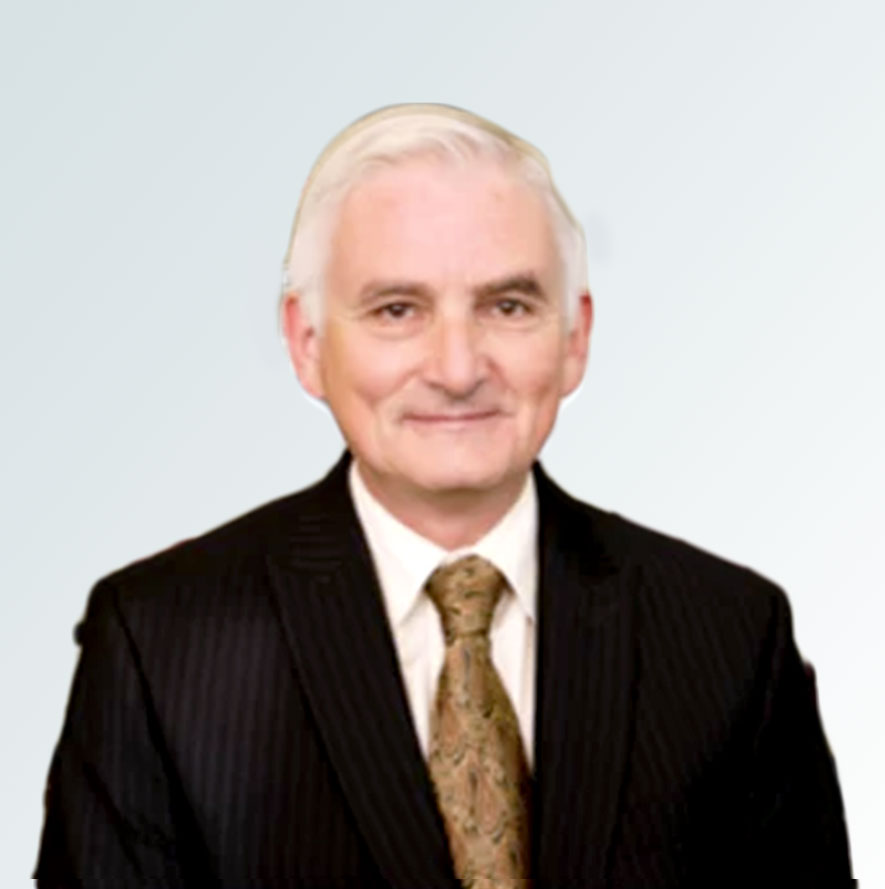 Headshot of Robert Arthur