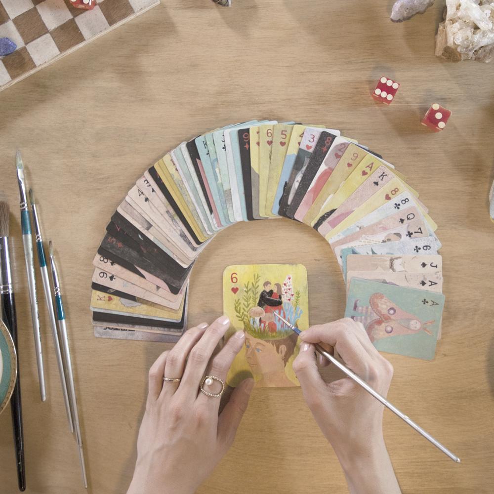 なんでトランプやタロット、カードを作り始めたのか書いてみます。