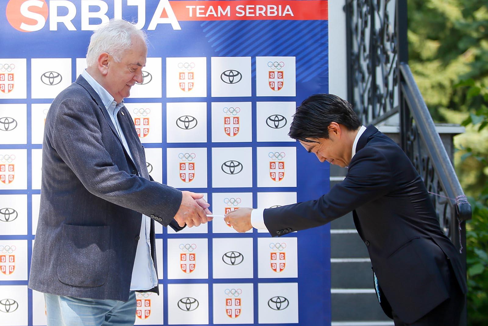 OI: Predsednik Toyote Adria uručio pismo dobrodošlice u Japan Olimpijskom komitetu Srbije