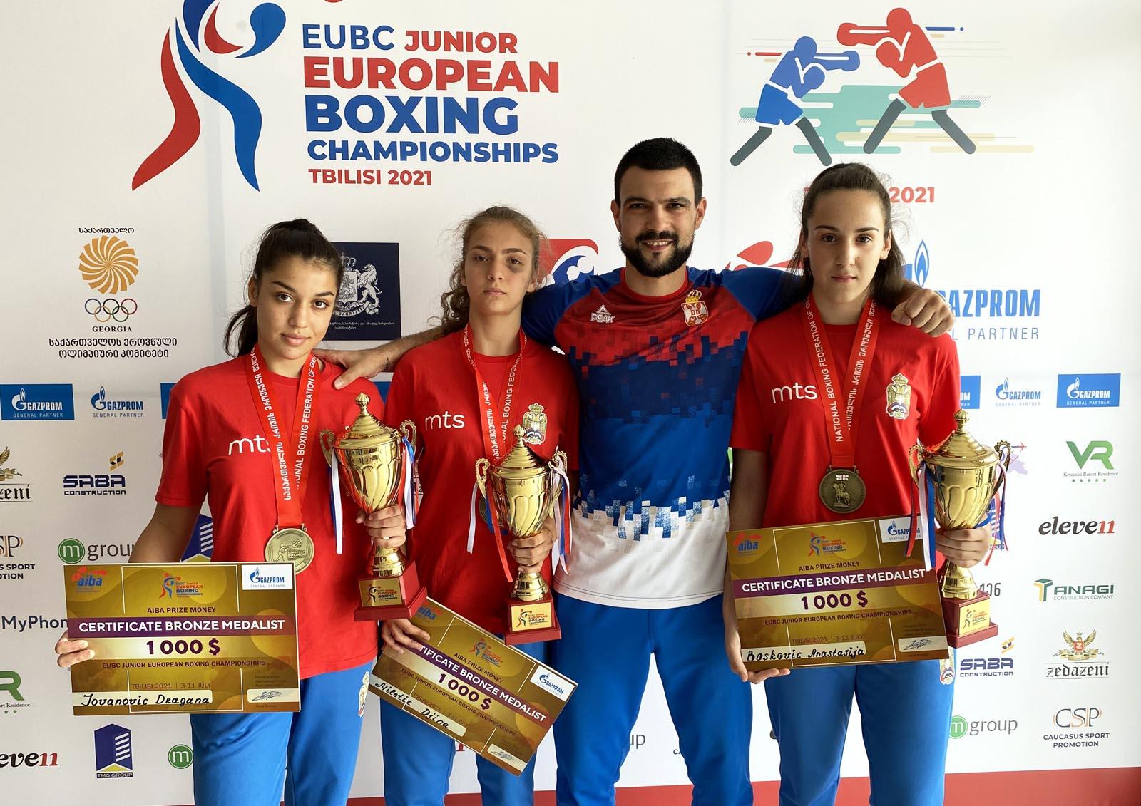 Boks: Tri bronze srpskih juniorki na EP u Gruziji
