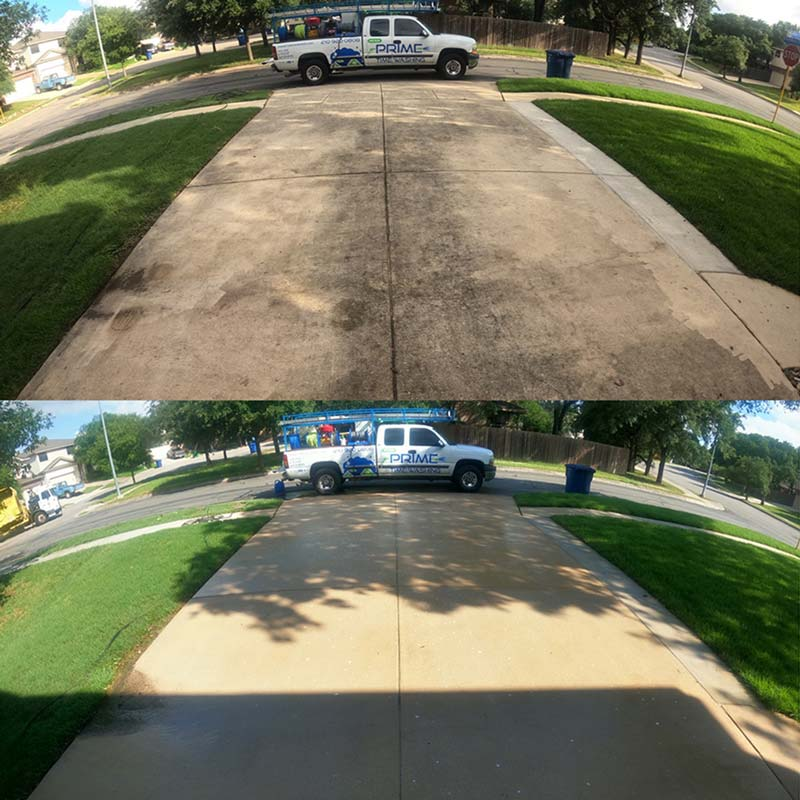 Driveway cleaning before and after, San Antonio