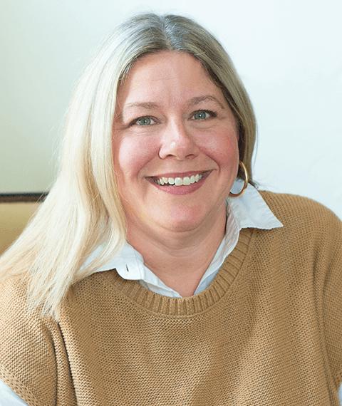 A headshot of Lori Crabtree, an Advisor at Arrow Senior Living Advisors