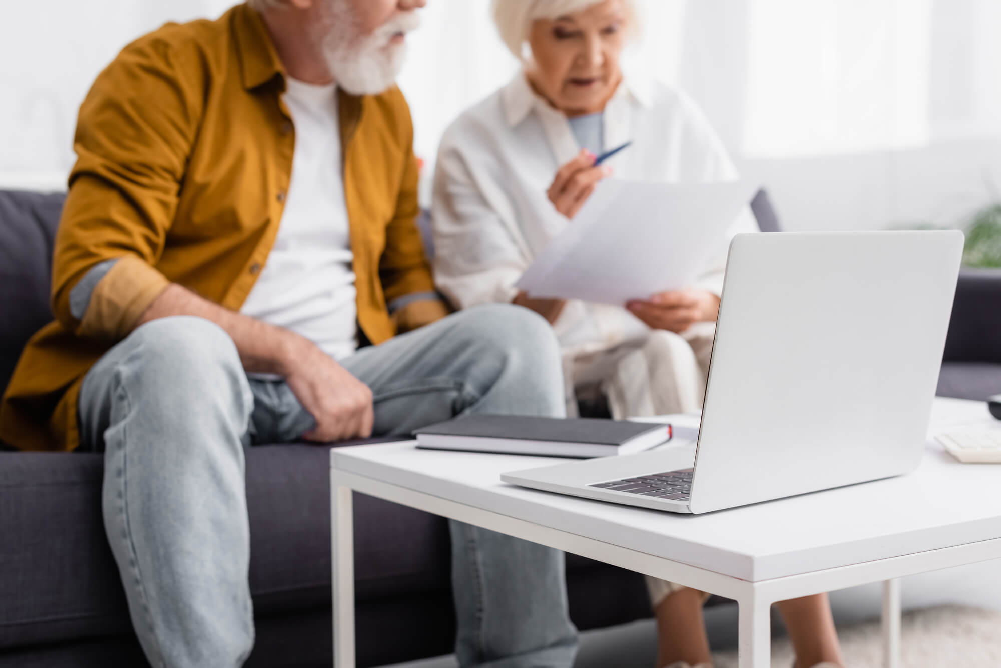 Elderly couple researching independent living Oklahoma City