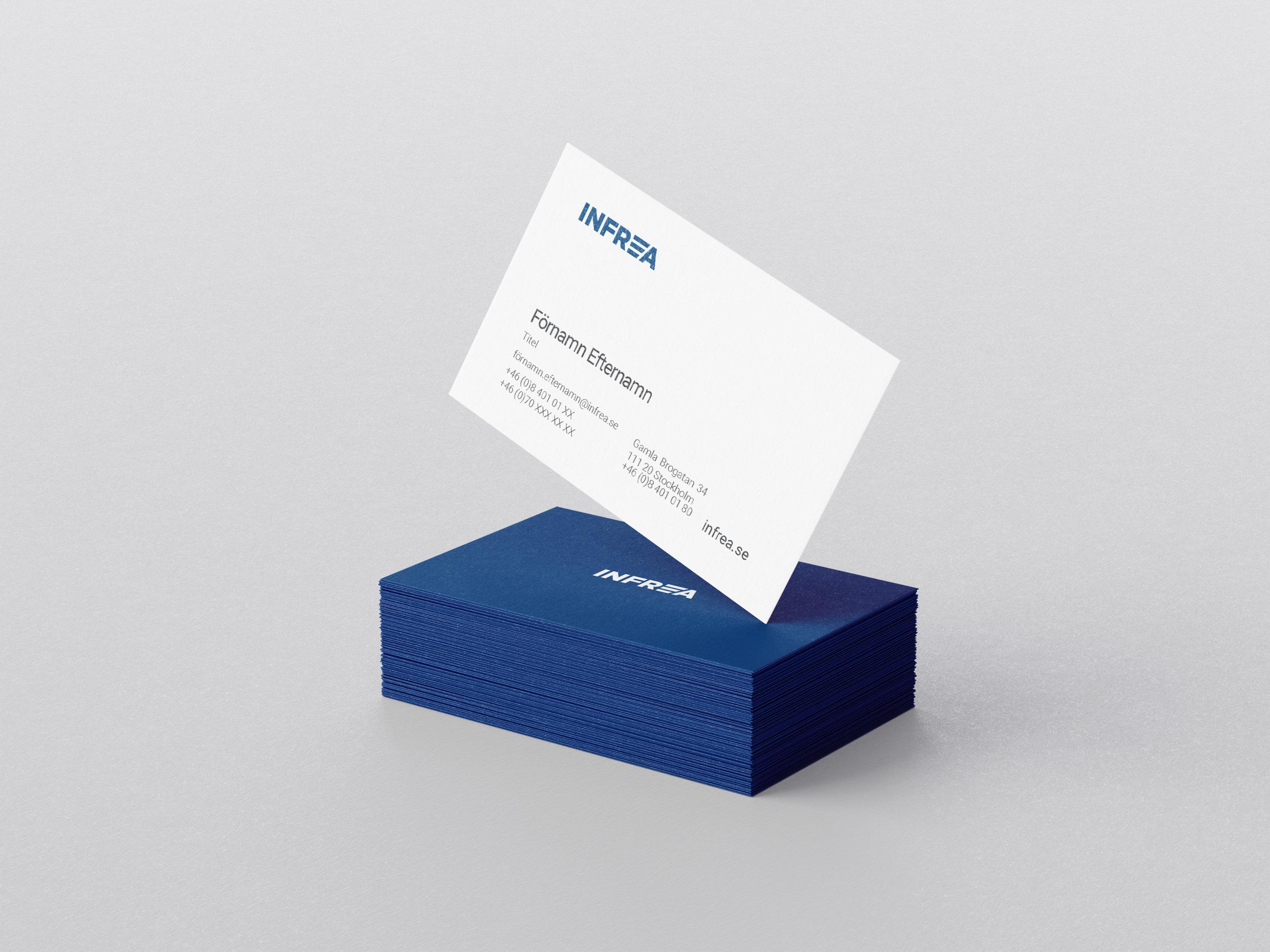 Mockup av Tribe Lounges design för Infreas visitkort, med instruktioner.