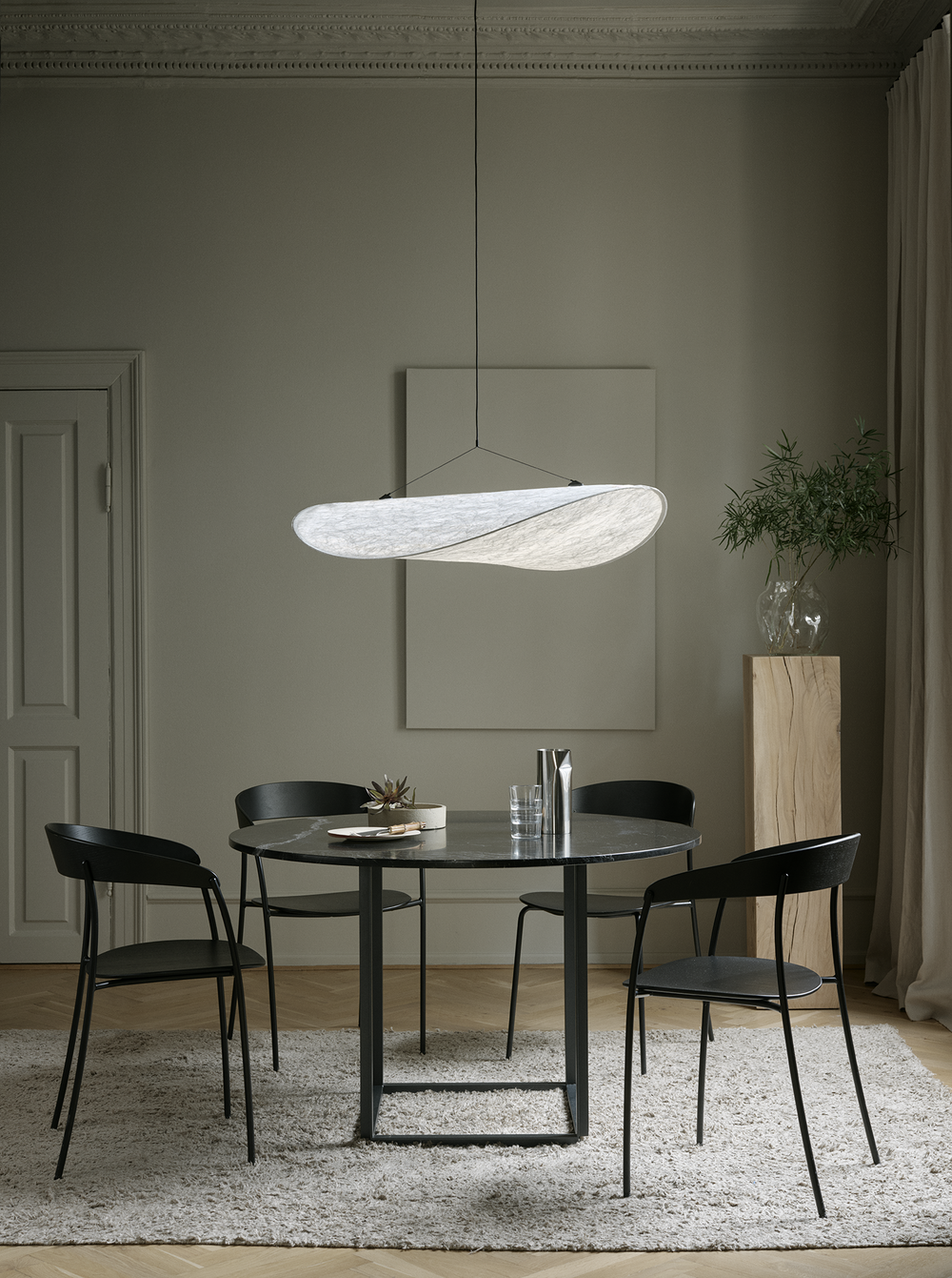tense-taklampe-new-works-2rom-lounge