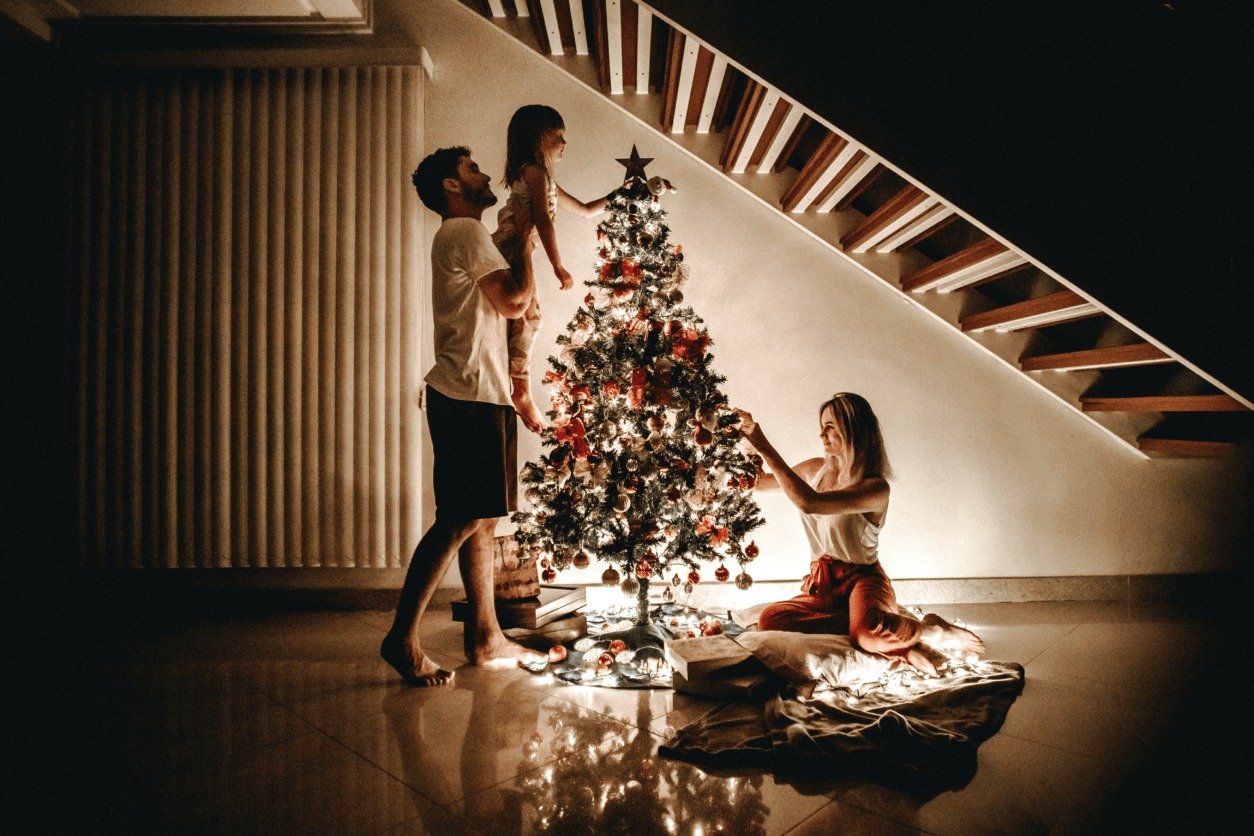 How Christmas becomes cozy and green