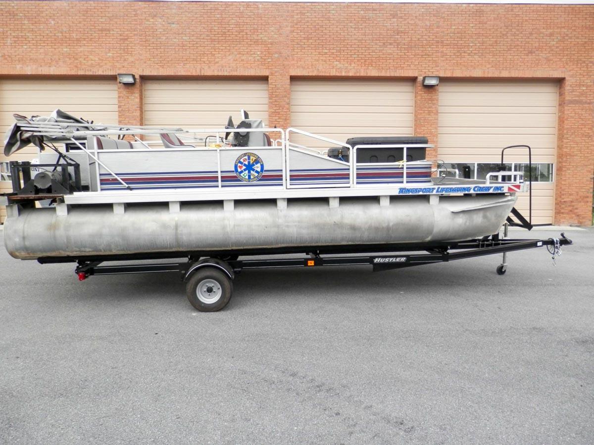 Sonar Pontoon Boat