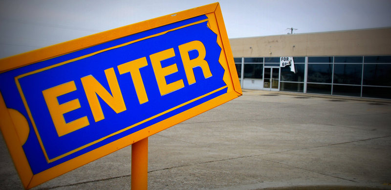 Why Most B2B Content Distribution Reminds Me of Friday Nights at Blockbuster Video