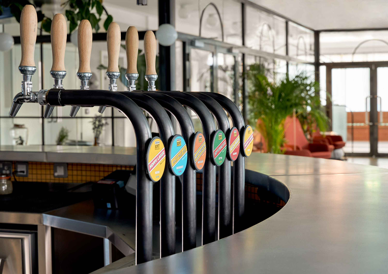 Taps-Kraft-Locke-German-Kraft-Brewery-Jim-And-Tonic-Distillery-Lebab-Kingsland