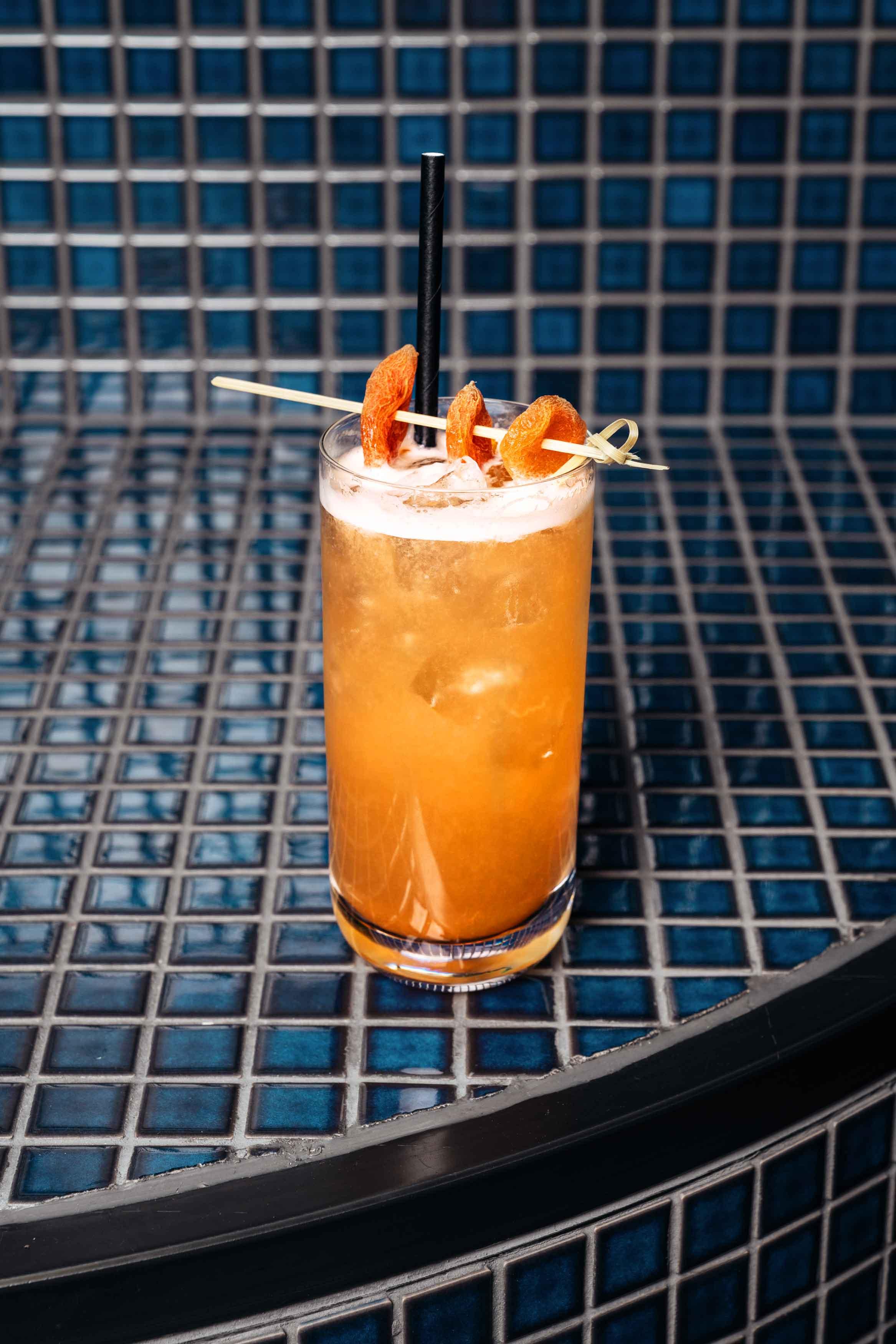 Orange-Cocktail-Jim-and-tonic-kraft-dalston-kraftdalston-german-kraft-distillery-brewery